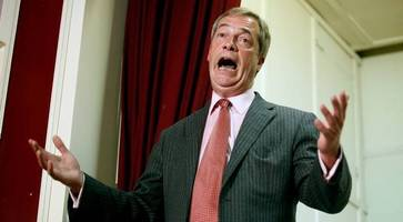 Ukip: Tory MP Douglas Carswell dramatically joins Nigel Farage's party