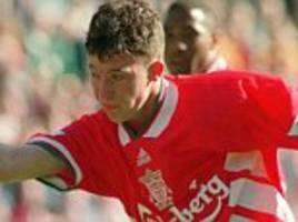 Liverpool Robbie Fowler reflects on Premier League's fastest hat-trick, which he scored against Arsenal