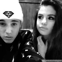 Justin Bieber Poses With Selena Gomez as They Jet to Canada